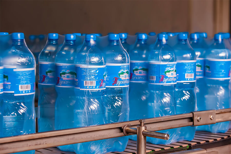 Трускавецька мінеральна вода завод нафтуся виробництво3